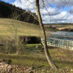 Umgebung des Heilsanatoriums Casa Mesdica mit der Quellwasser-Dauerbrause